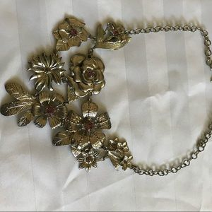 NY Collection Silvertone Choker w/ pink stones